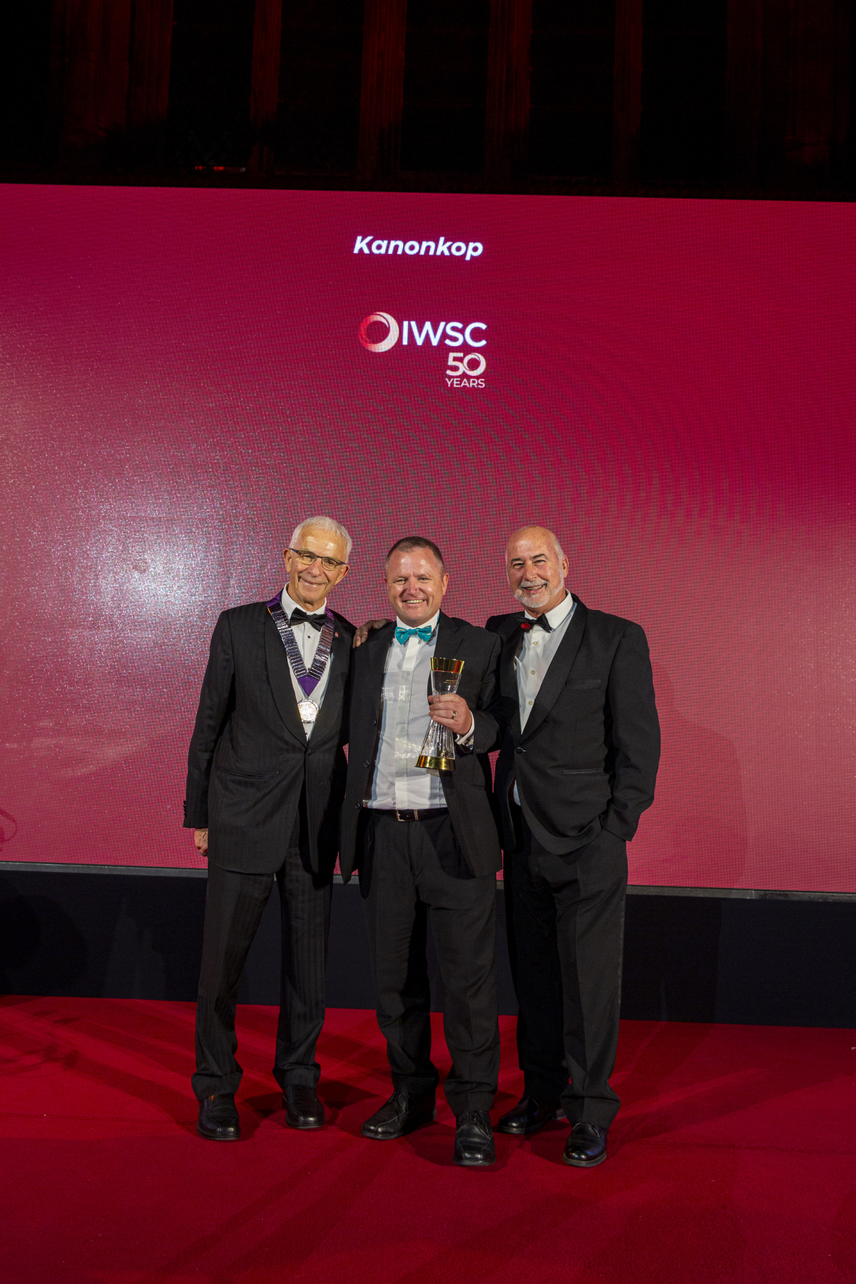 Outstanding Wine Producer 2019 (3).jpg